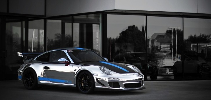 Porsche 911 GT3 RS 4.0 Gets Chrome Wrap