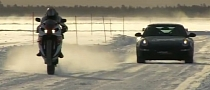Porsche 911 GT3 RS and Evo IX vs Yamaha R1 and WR450F on Ice [Video]