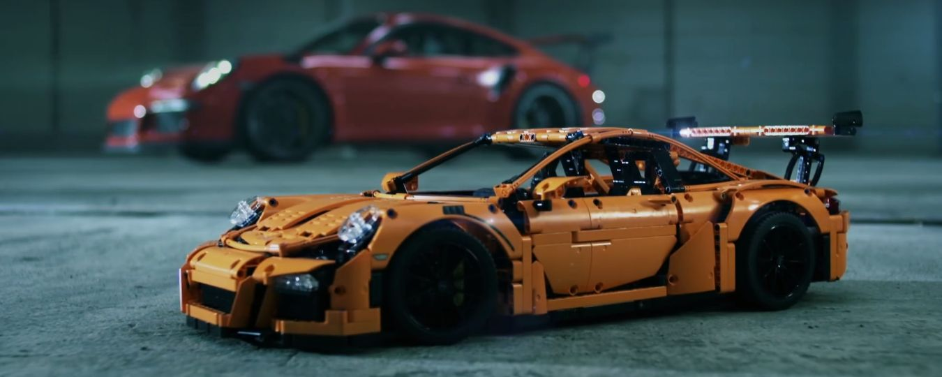 porsche 911 gt3 rs meets lego technic gt3 rs in latest ad. Black Bedroom Furniture Sets. Home Design Ideas