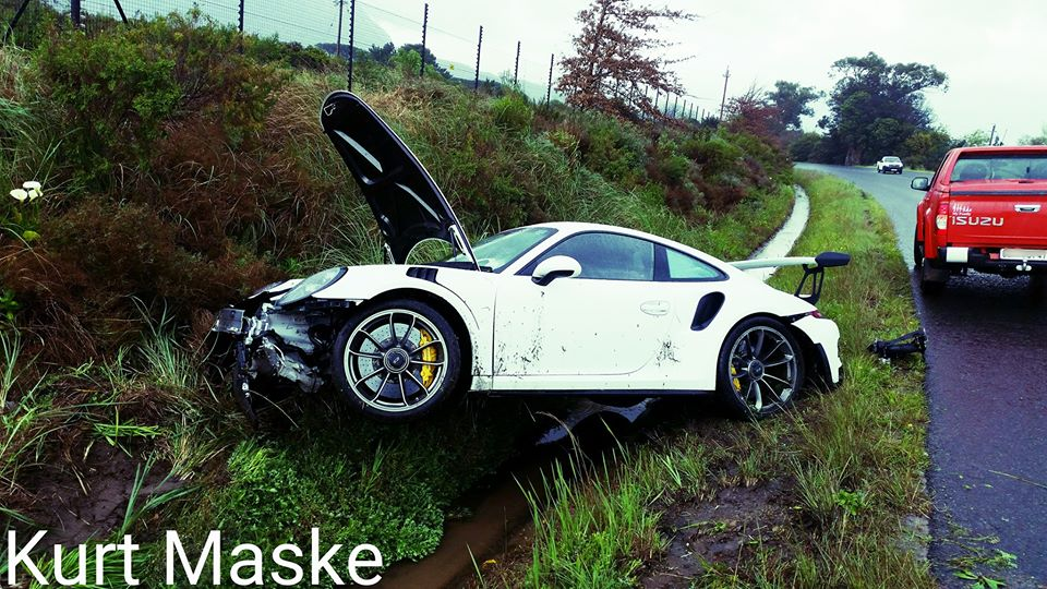 Porsche 911 Gt3 Rs Pdk Has Brutal Crash In South Africa