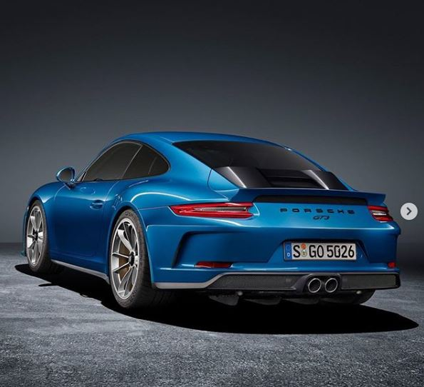 Porsche 911 Gts Engine: Porsche 911 GT3 With GT2 RS Engine Cover Looks Like A
