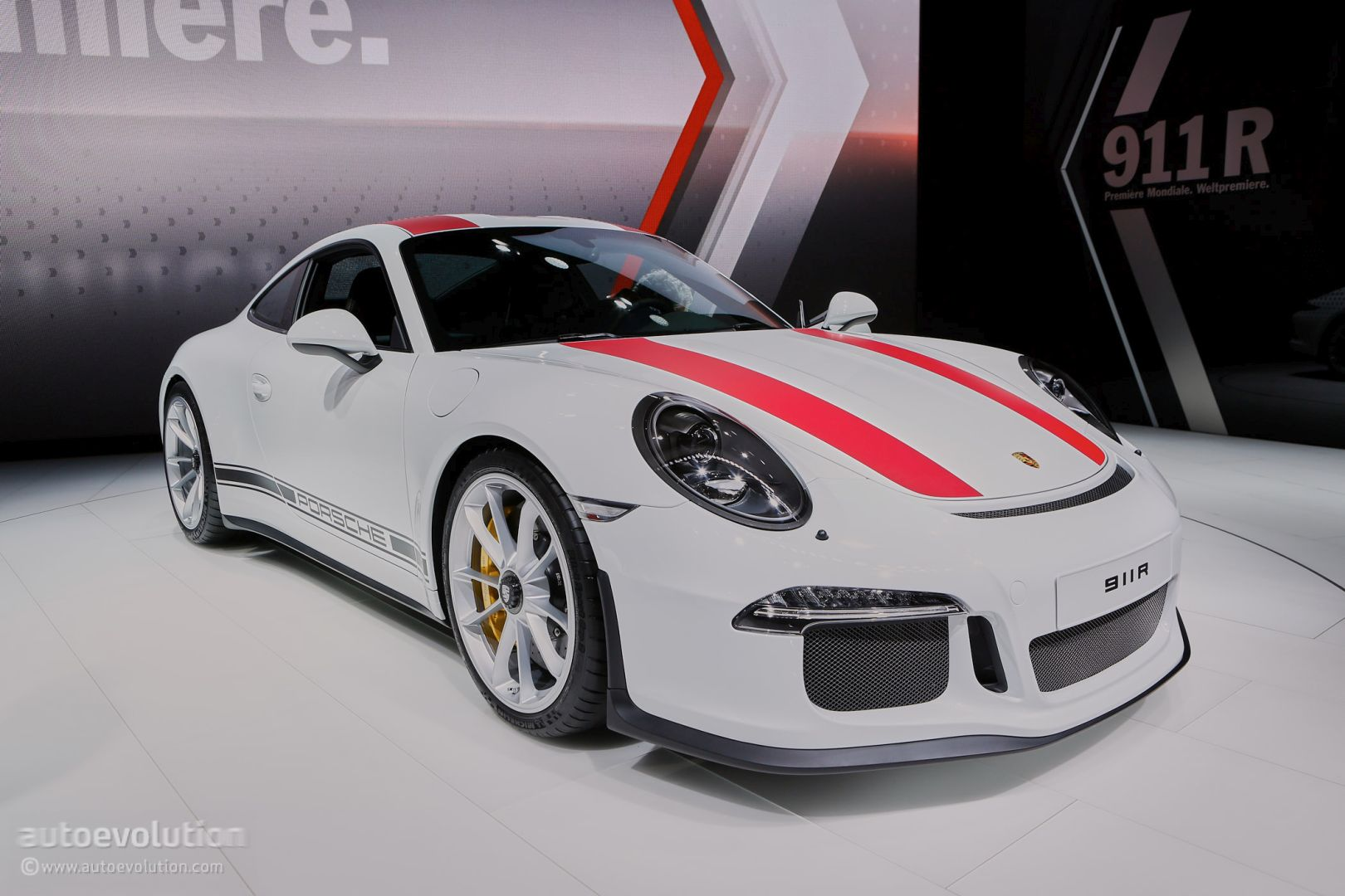Porsche 911 R Tops GT3 RS in Power-to-Weight, Price. Offers Single ...