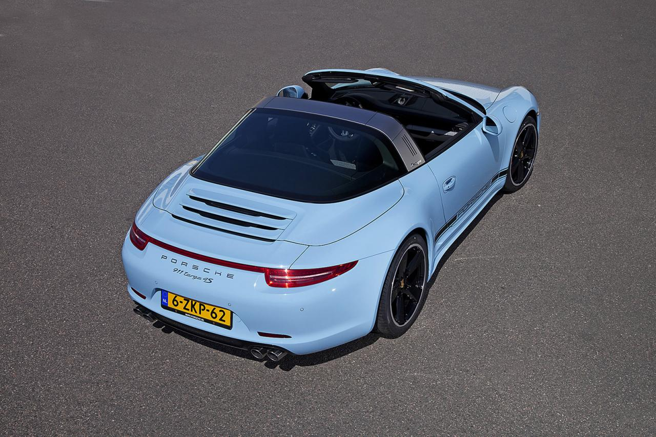 porsche exclusive builds a 911 targa 50th anniversary in stunning gulf blue autoevolution. Black Bedroom Furniture Sets. Home Design Ideas