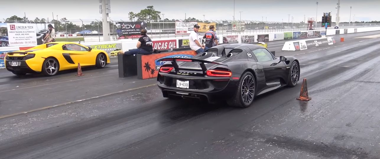 porsche 918 spyder vs mclaren 650s spider is not your usual open air drag ra. Black Bedroom Furniture Sets. Home Design Ideas
