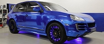 Porsche Cayenne Blue Chrome Wrap