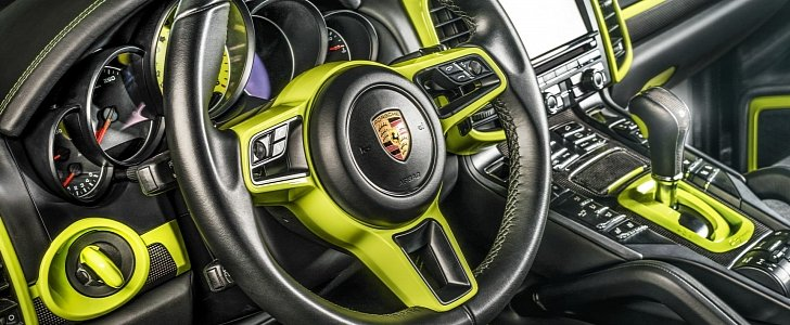 porsche cayenne gets acid green interior makeover by carlex design autoevolution. Black Bedroom Furniture Sets. Home Design Ideas