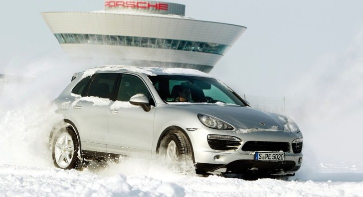 Porsche Cayenne to Get 4.2L V8 TDI Diesel Engine in 2012 [Exclusive]