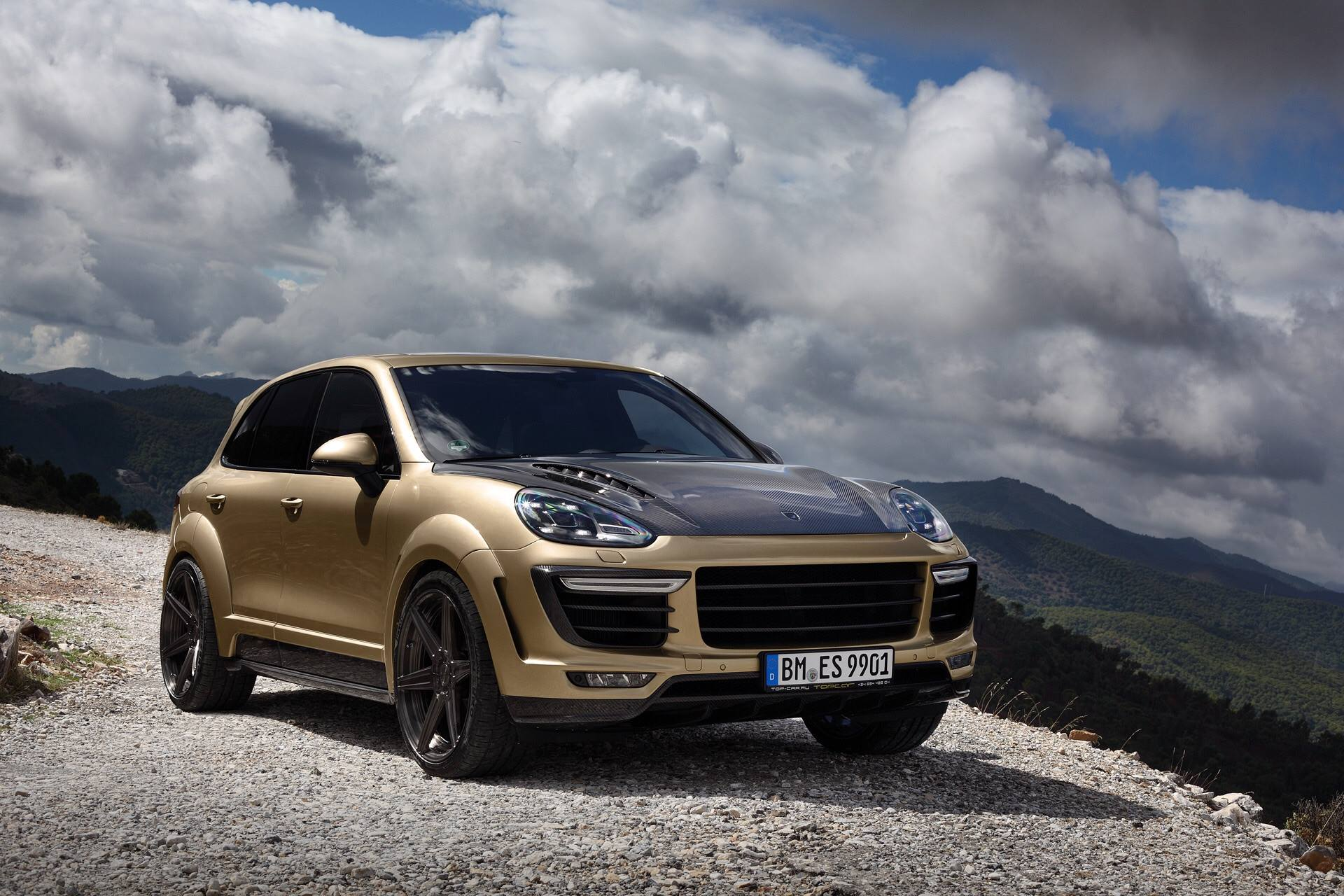 porsche cayenne turbo gets topcar vantage treatment in
