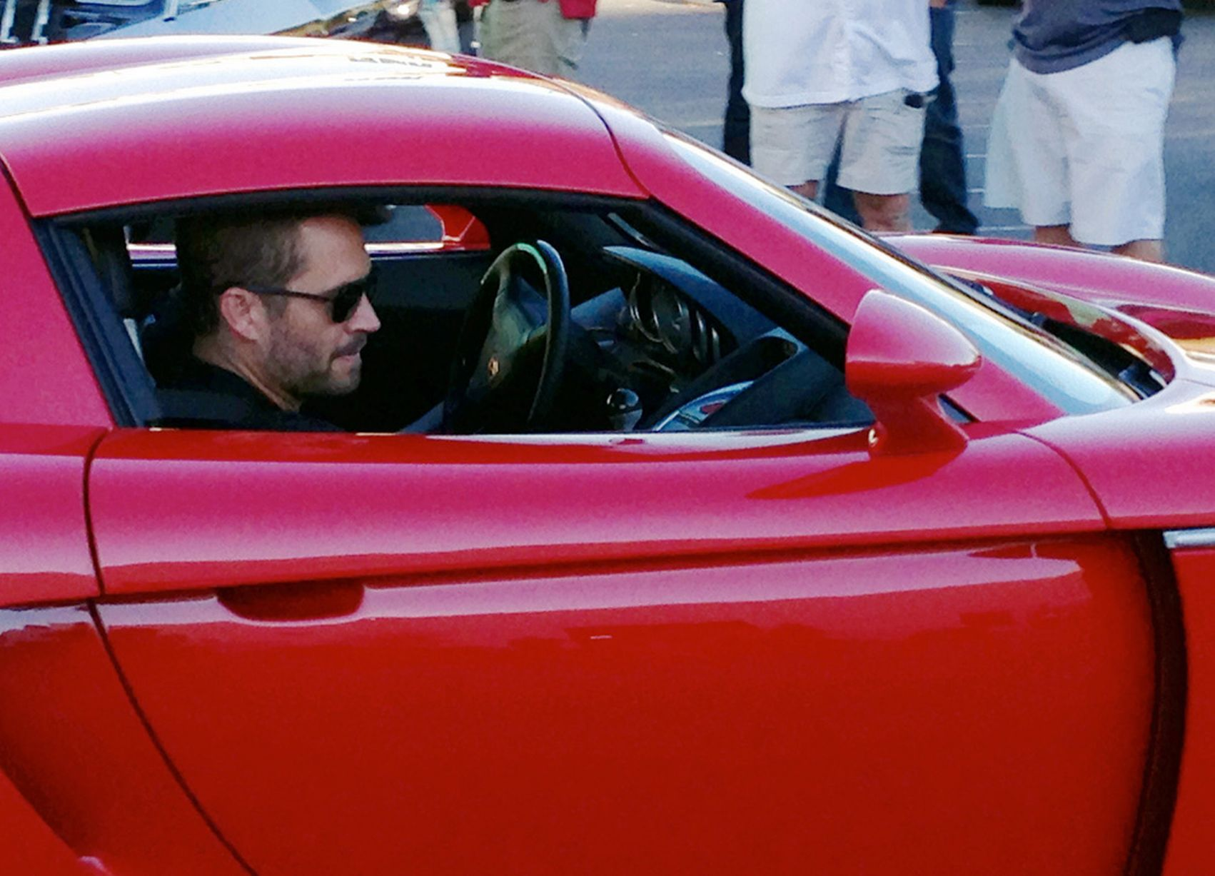 paul walkers death Paul william walker iv was born in glendale, california he grew up together with his brothers, caleb and cody, and sisters, ashlie and amie  walker died in a.