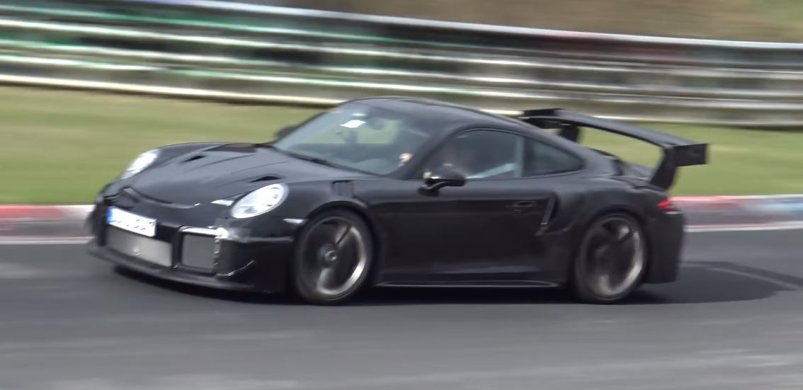 porsche driver pushes 2018 911 gt2 rs hard on nurburgring could set sub 7m time autoevolution. Black Bedroom Furniture Sets. Home Design Ideas