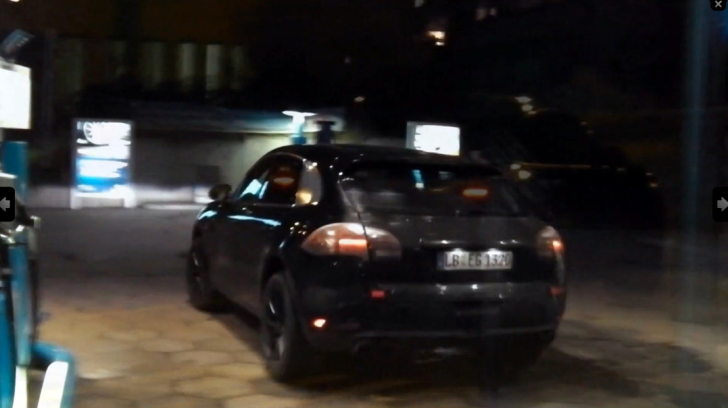 Porsche Macan SUV Spotted Testing in Stuttgart [Video]