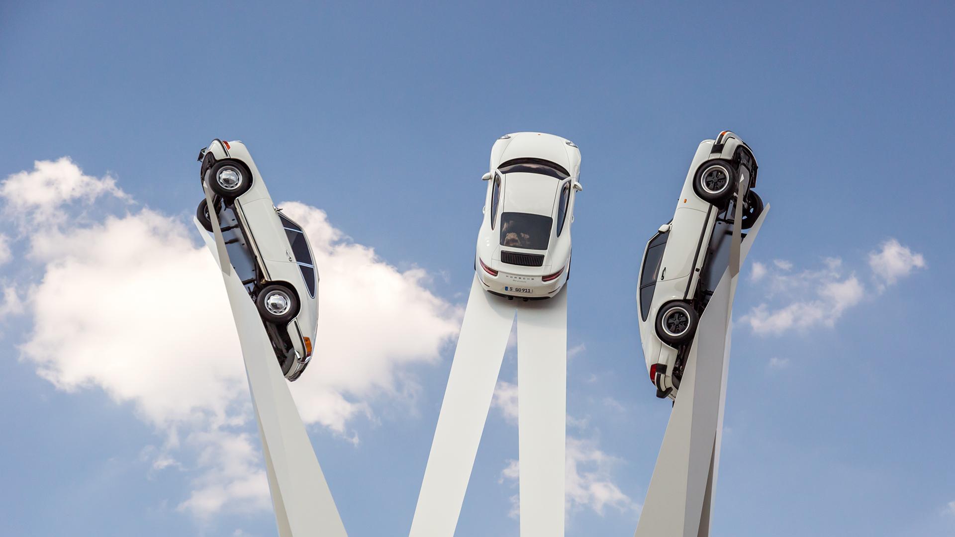 Porsche Unveils Goodwood Like Sculpture Of 911s In