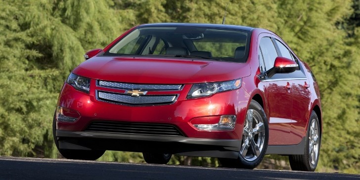 President George H.W. Bush Buys Chevy Volt for His Son