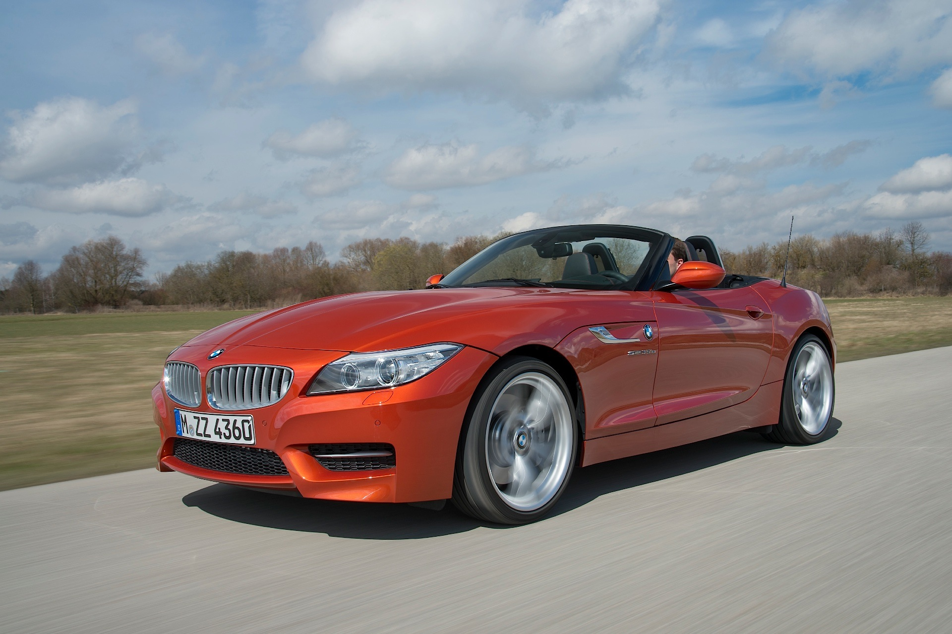 prices for 2016 bmw z4 roadster remain unchanged autoevolution. Black Bedroom Furniture Sets. Home Design Ideas