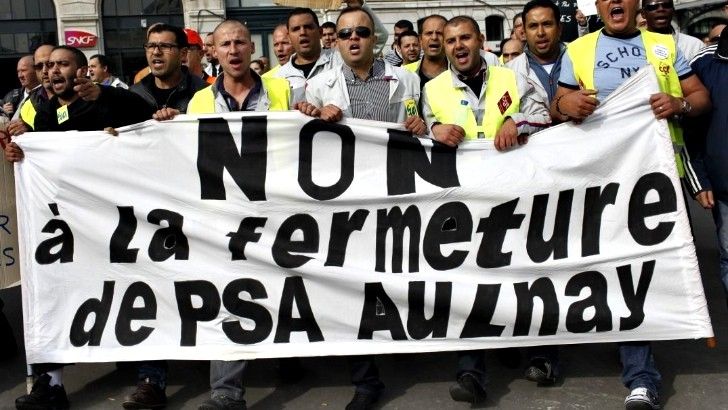 PSA - Aulnay Workers Protest Layoffs and Stop Production