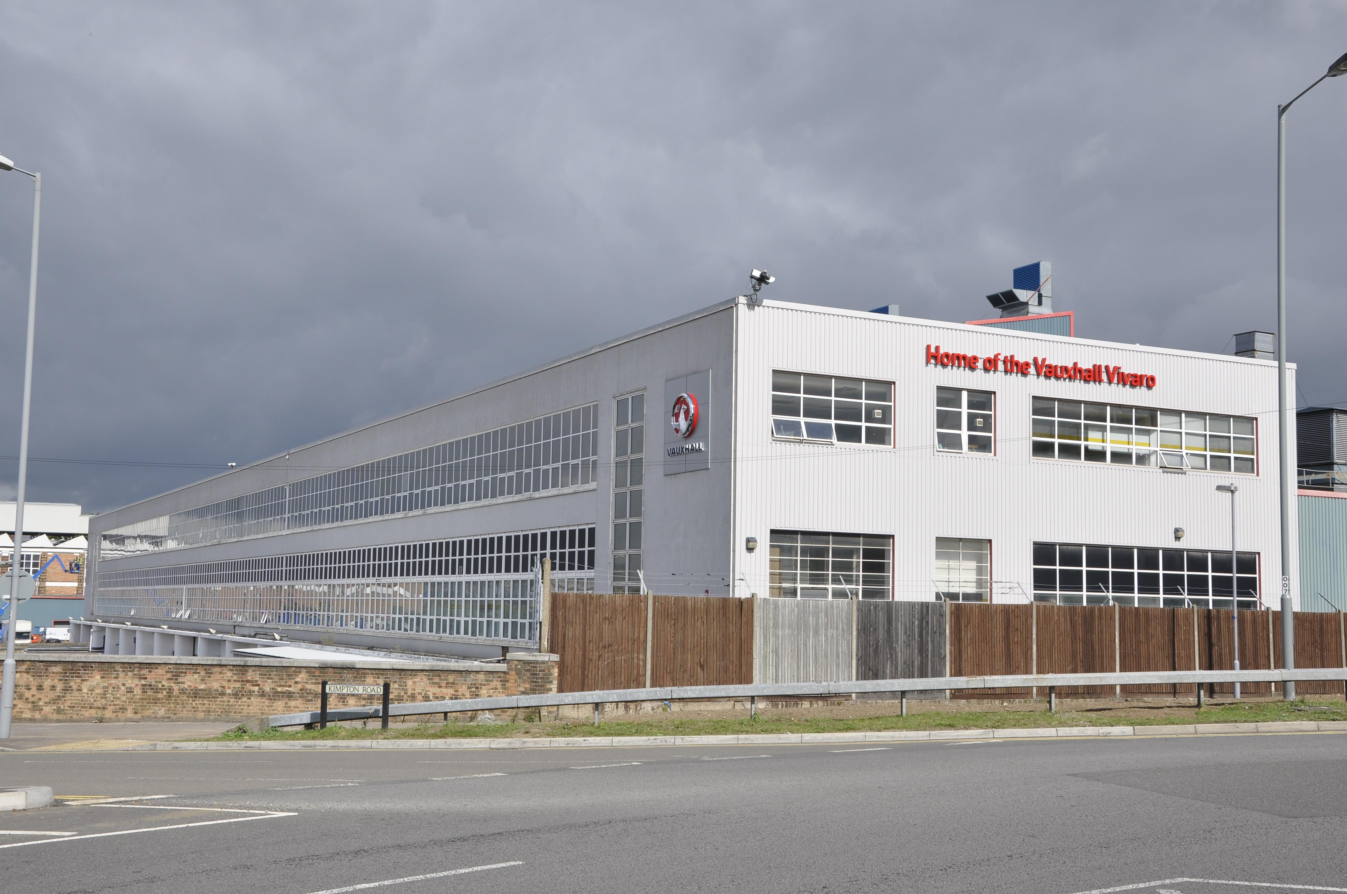 Vauxhall to build new van in Luton