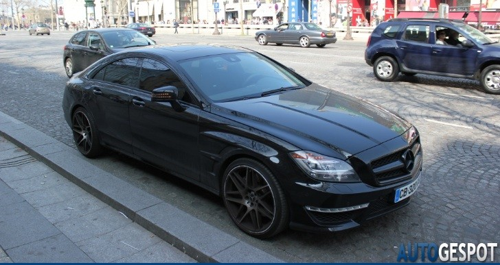 PSG's Jeremy Menez Drives Black Mercedes CLS 63 AMG