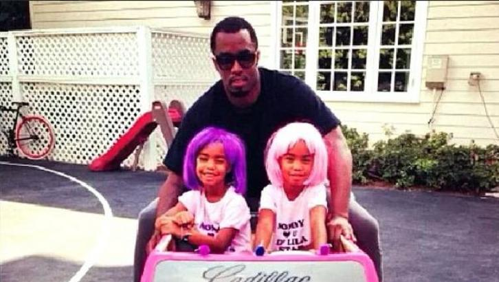 Puff Daddy S Twin Daughters Drive A Power Wheels Barbie