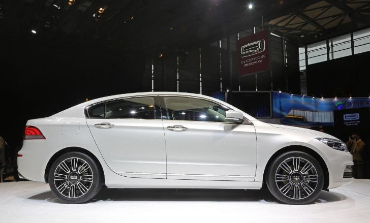 Qoros 3 Sedan Named China's Most Beautiful Car