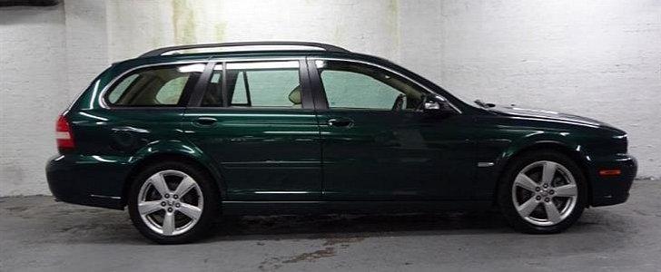 queen elizabeth used to drive this jaguar x type sportwagon autoevolution. Black Bedroom Furniture Sets. Home Design Ideas