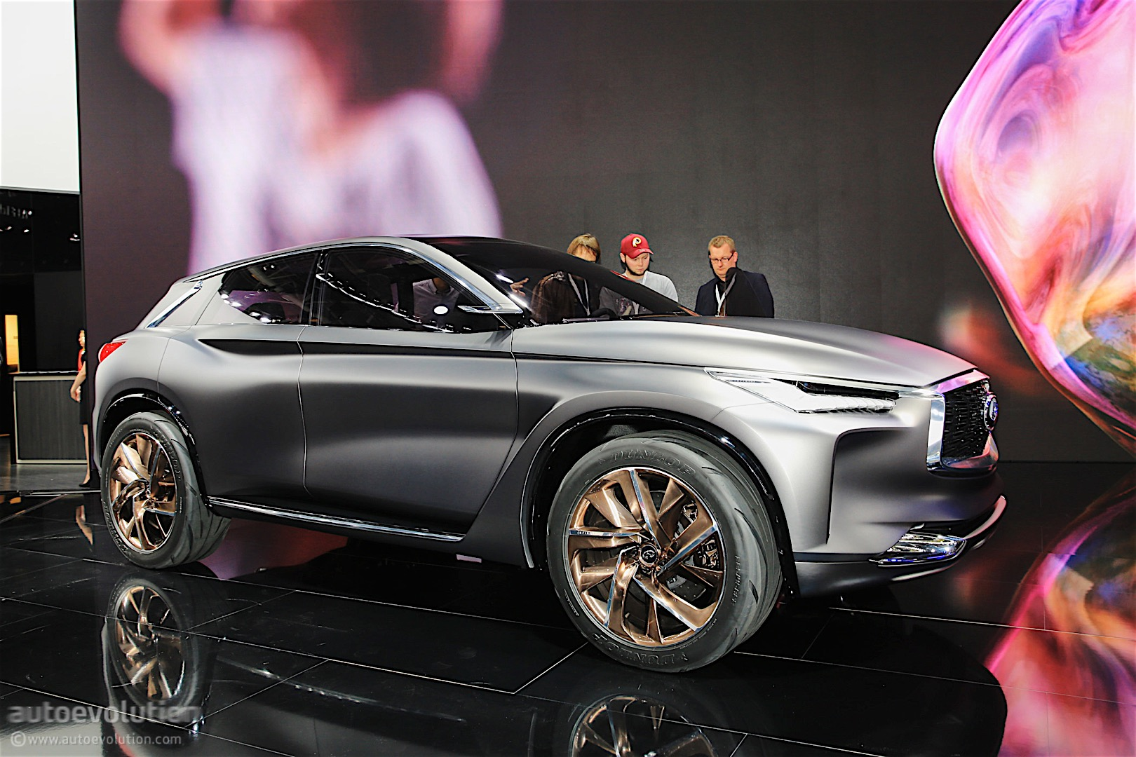 infiniti qx sport inspiration concept shows ideas for brand 39 s next midsize suv autoevolution. Black Bedroom Furniture Sets. Home Design Ideas
