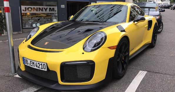 Racing Yellow 2018 Porsche 911 Gt2 Rs Is Bananas In Stuttgart Autoevolution
