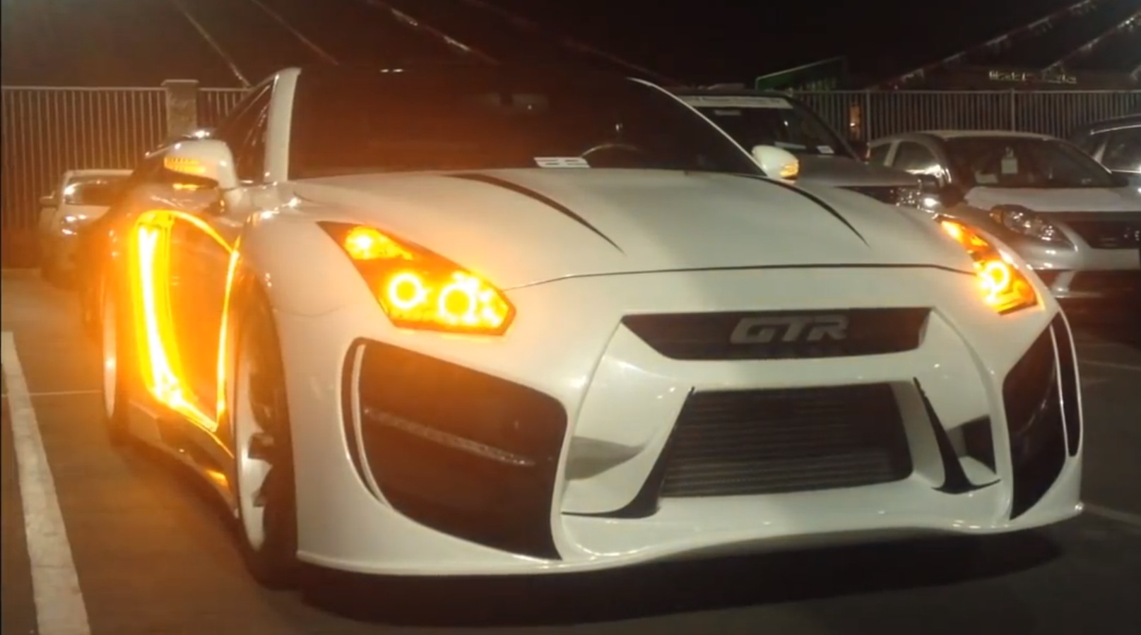 Radzilla Widebody Nissan Gt R With An Amazing Light Show