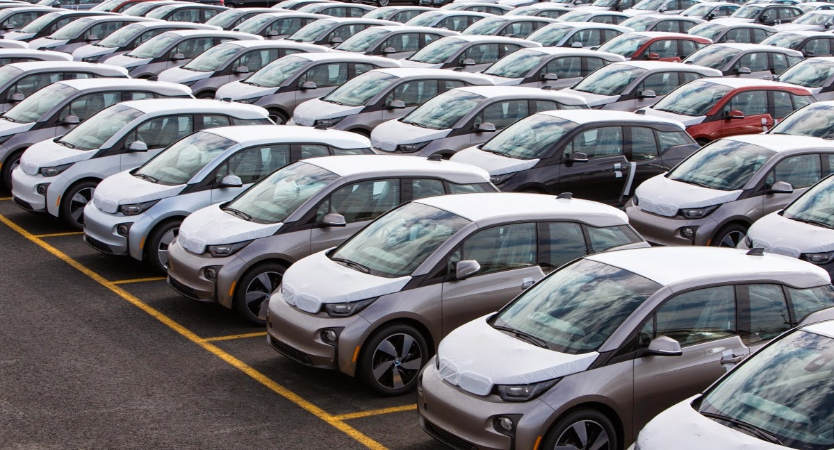 Range-Extended BMW i3 Deliveries Put on Hold Because of a