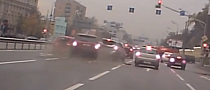 Range Rover Sport Rams a Whole Cue of Cars in Russia [Video]