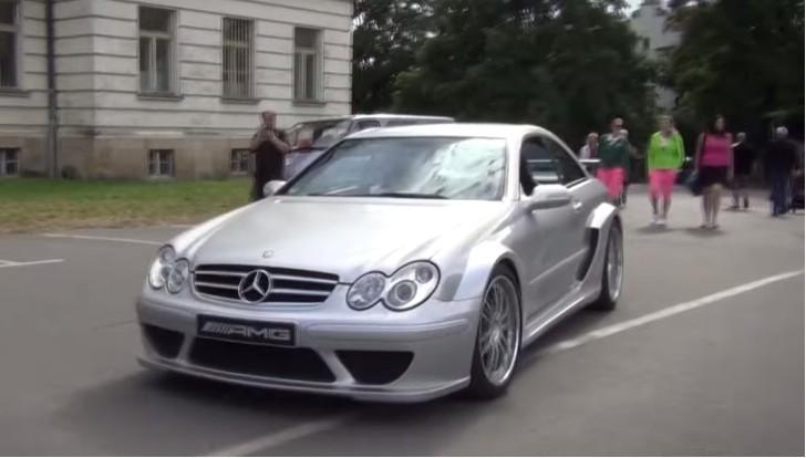 Rare Mercedes-Benz CLK DTM AMG Draws Crowd - autoevolution