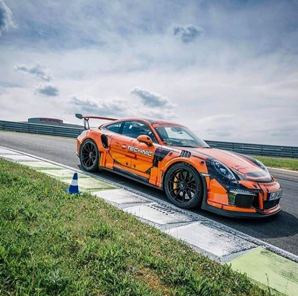 real life lego technic porsche 911 gt3 rs is a stunning wrap autoevolution. Black Bedroom Furniture Sets. Home Design Ideas