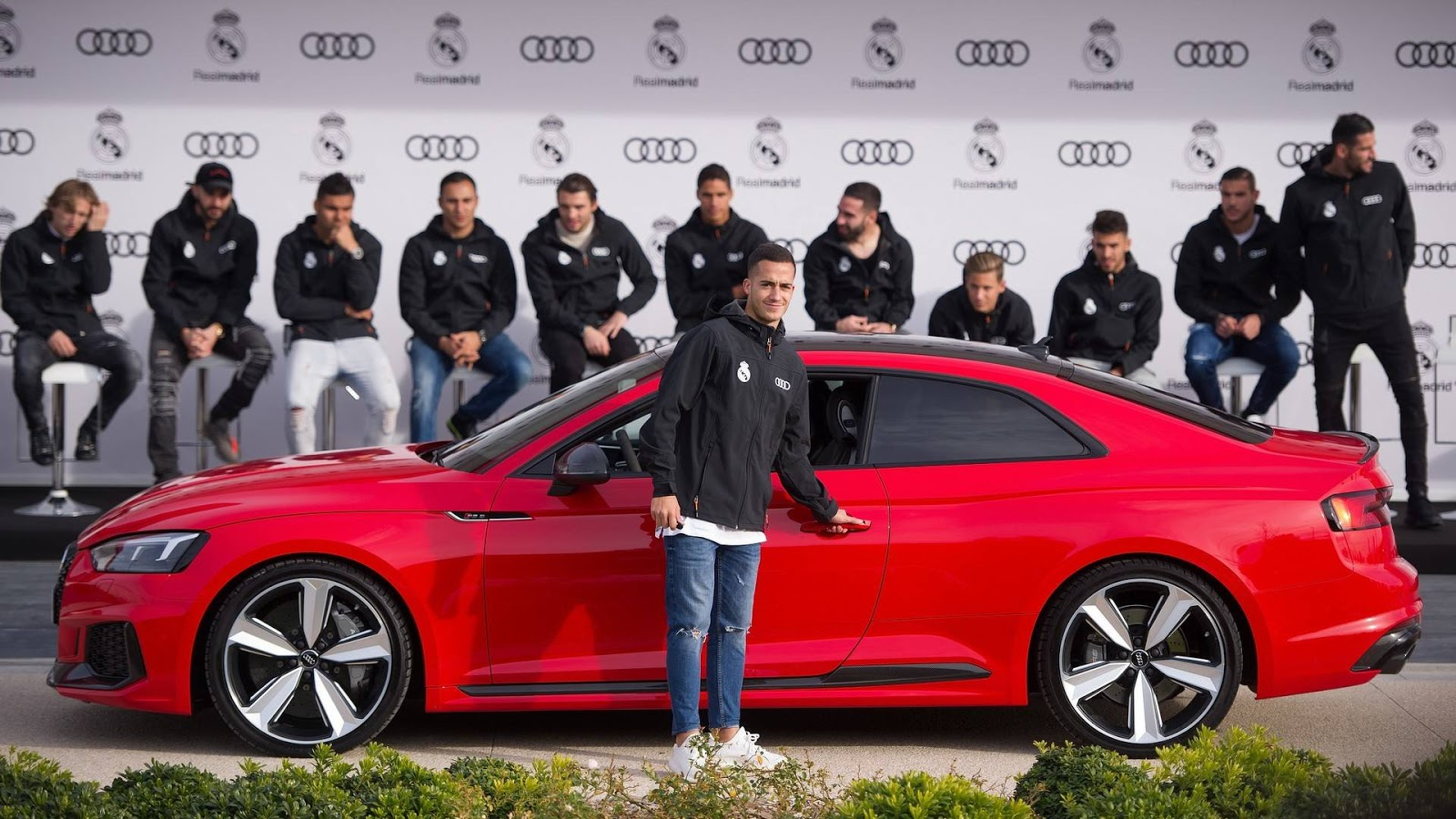 Real Madrid Football Players Get New Company Cars From Audi - Audi car company