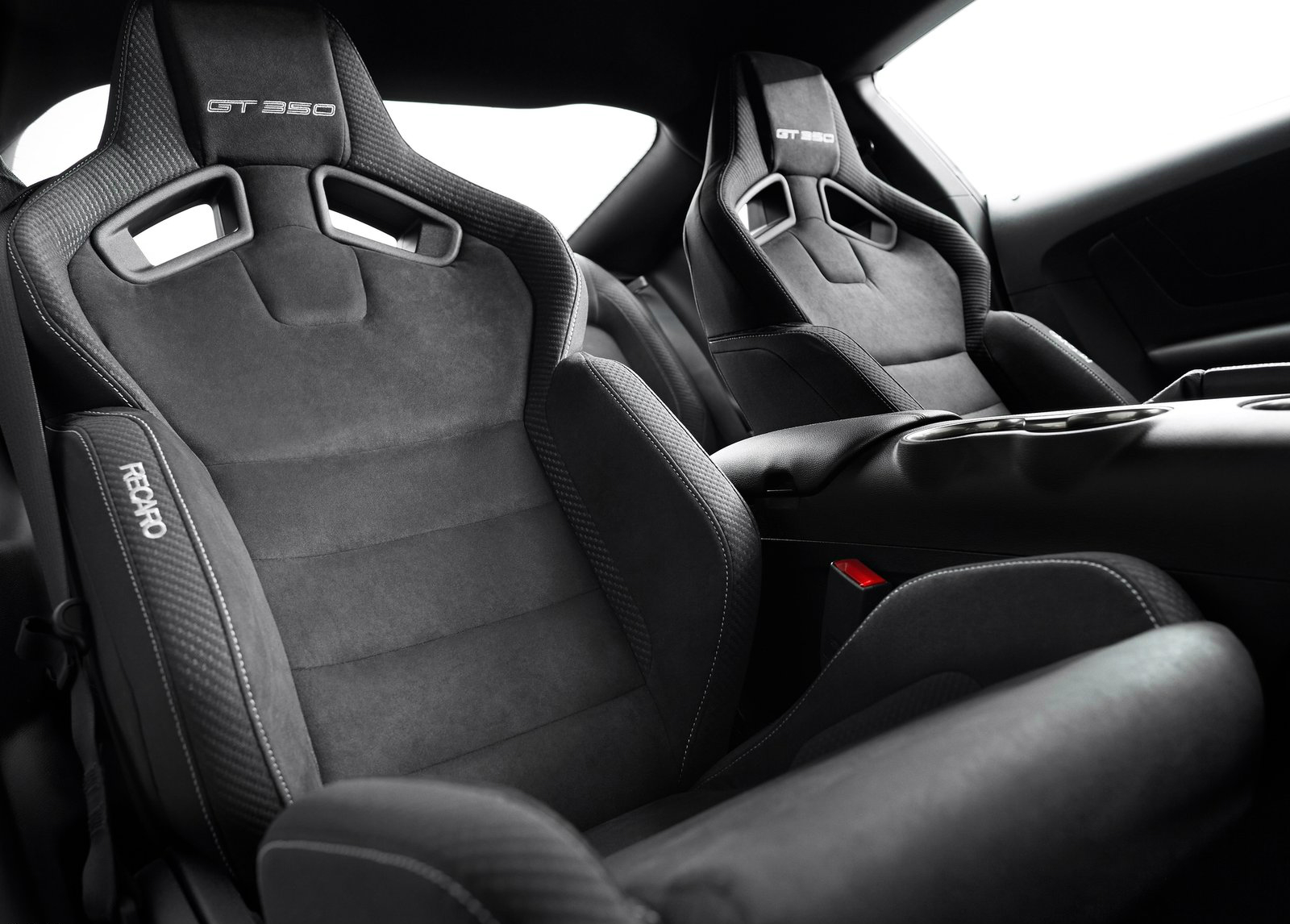 Recaro at Detroit: 2016 Shelby GT350 Mustang Performance Luxury Seats ...