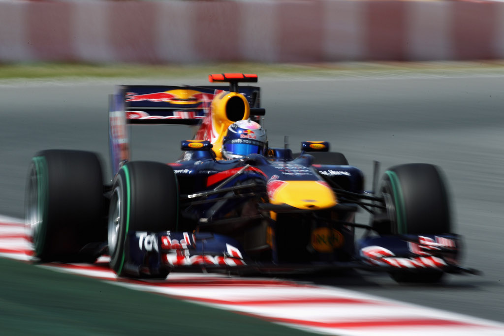 red bull asked vettel to pull out of the spanish grand prix autoevolution. Black Bedroom Furniture Sets. Home Design Ideas