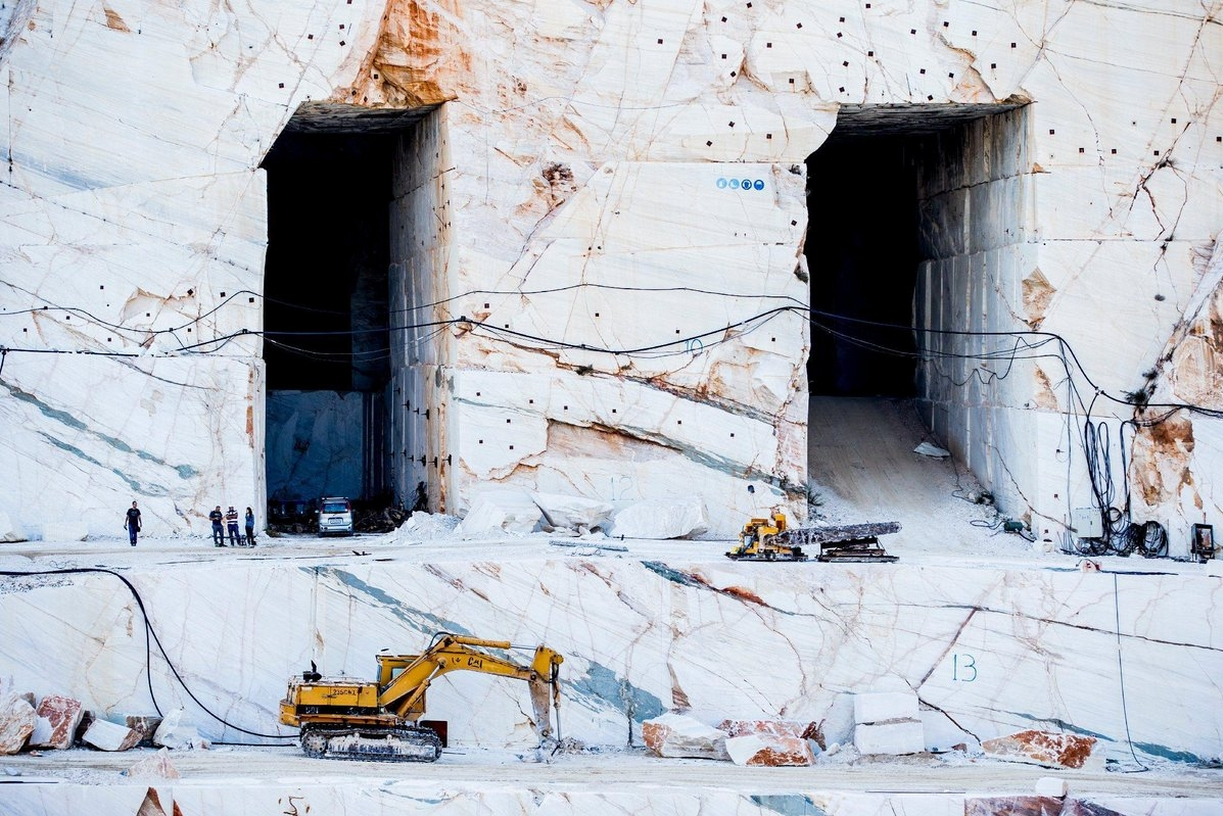 Red Bull X Fighters >> Red Bull X-Fighters Reaches Greece, Takes Place in Breathtaking Ancient Marble Quarry ...