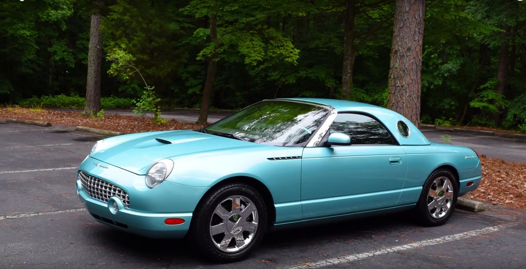 regular cars checks out the 2002 ford thunderbird autoevolution. Black Bedroom Furniture Sets. Home Design Ideas
