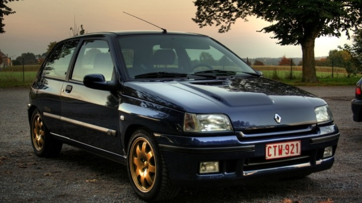 Remember the Excellent Renault Clio Williams