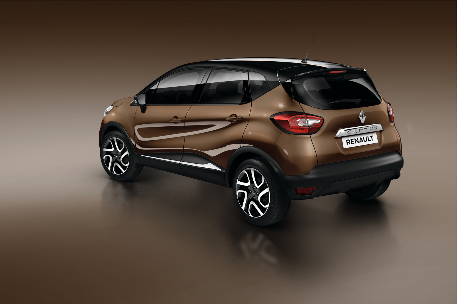 renault captur hypnotic limited edition announced in. Black Bedroom Furniture Sets. Home Design Ideas