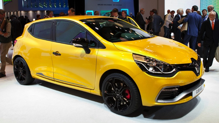 Renault Clio 4 Rs 200 Scooped In Paris Autoevolution
