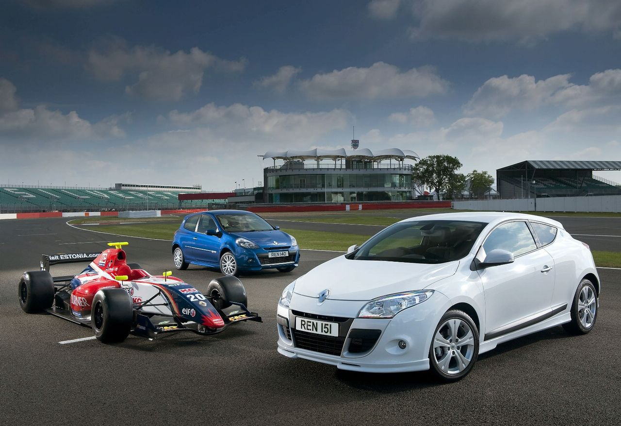 Renault Clio and Megane World Series - autoevolution