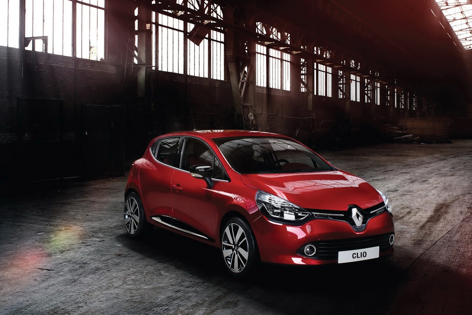 renault clio iv in the uk pricing and specs announced autoevolution. Black Bedroom Furniture Sets. Home Design Ideas