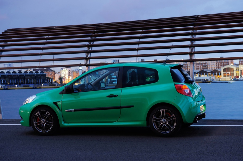 Renault clio rs200