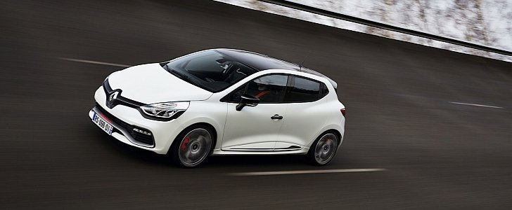 renault clio r s 220 trophy uk pricing and specs revealed. Black Bedroom Furniture Sets. Home Design Ideas