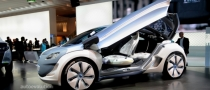 Renault Gives In, to Build Zoe in Flins