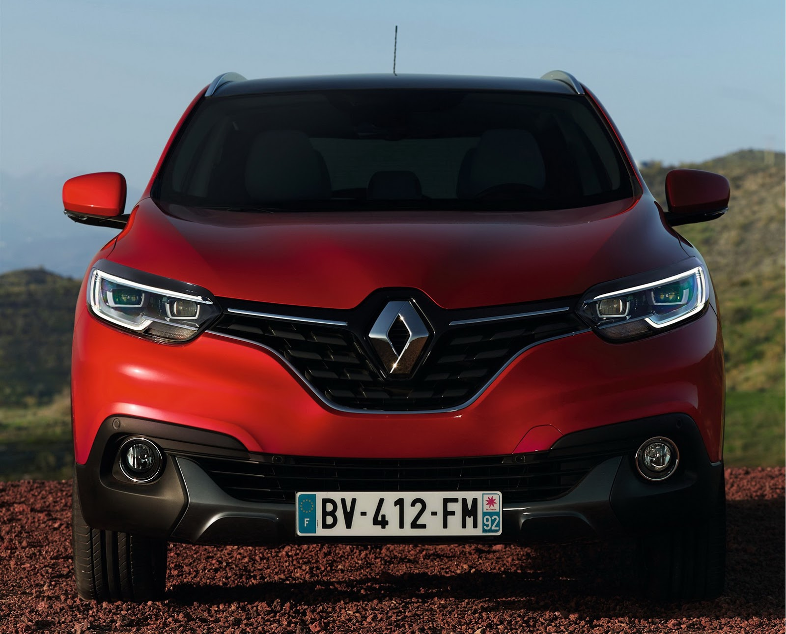 Renault Kadjar Price Announced For Europe Video Photo Gallery 96539 on tuning car radio