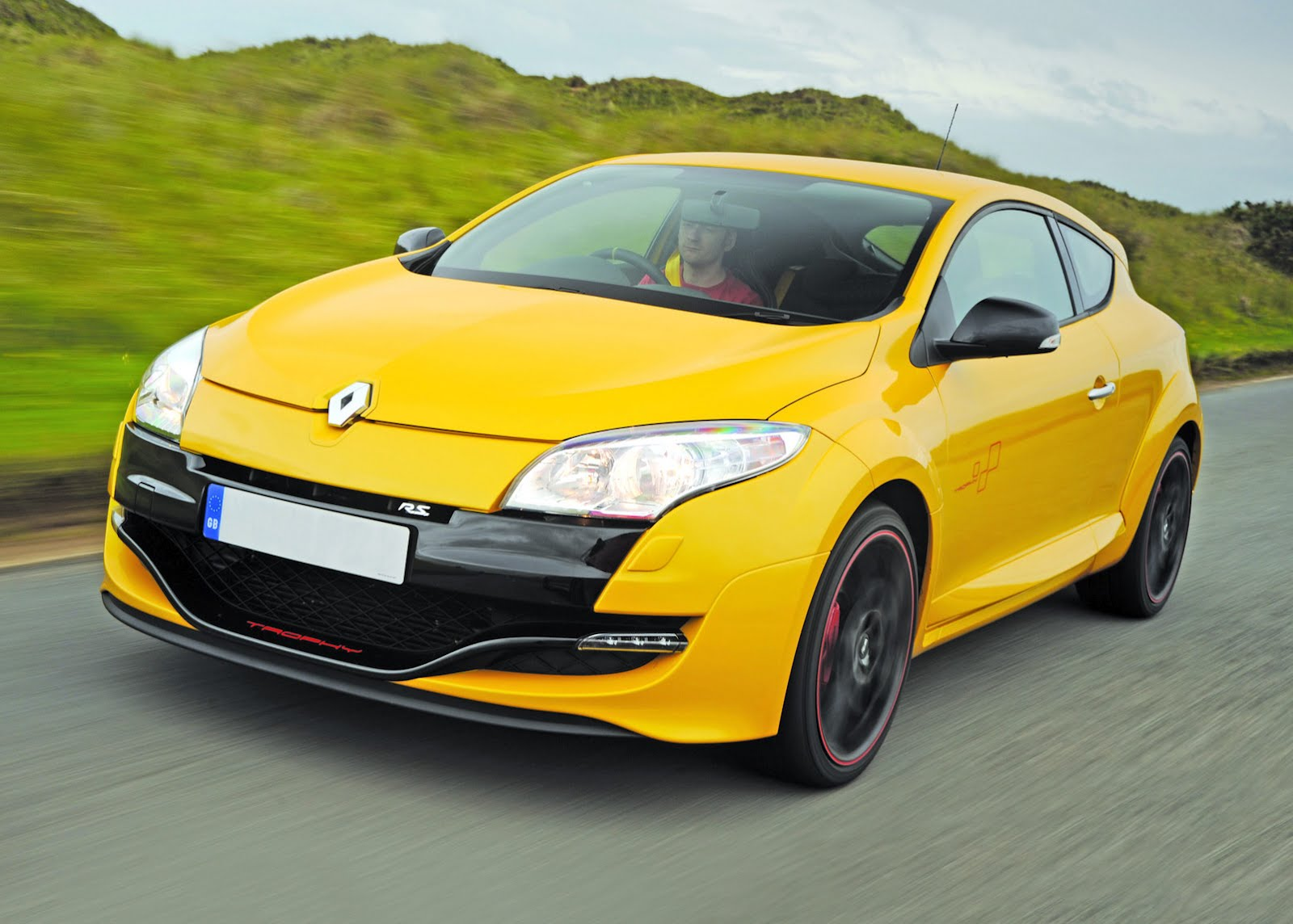 renault megane rs 265 tuned to over 300 horsepower. Black Bedroom Furniture Sets. Home Design Ideas
