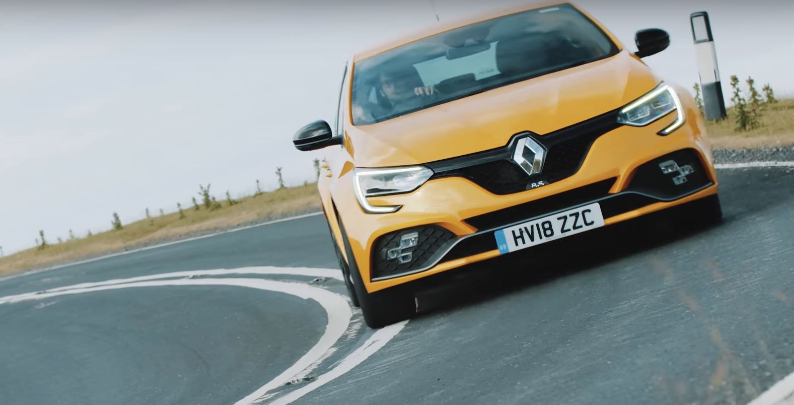 Renault Megane Rs 280 Cup Is A Contradiction Says Uk