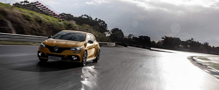 2019 Renault Megane Rs Trophy On Sale In The Uk For 31 810 Autoevolution