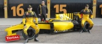 Renault, Petrov Hope to Attract Sponsors for 2010