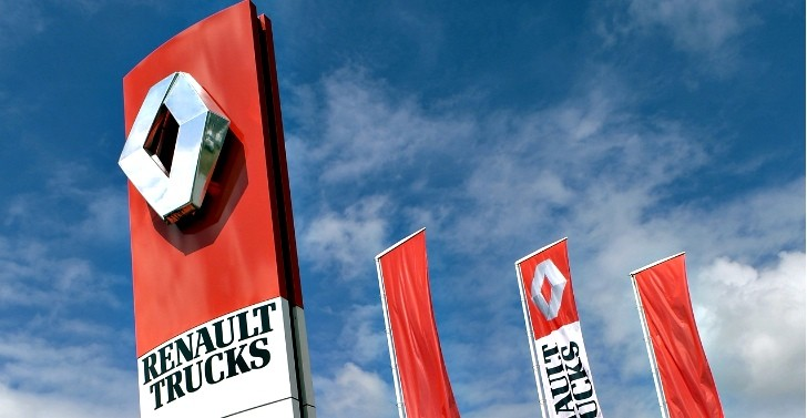 Renault Sells Remaining 6.5% Stake in Volvo Trucks for €1.48-Billion